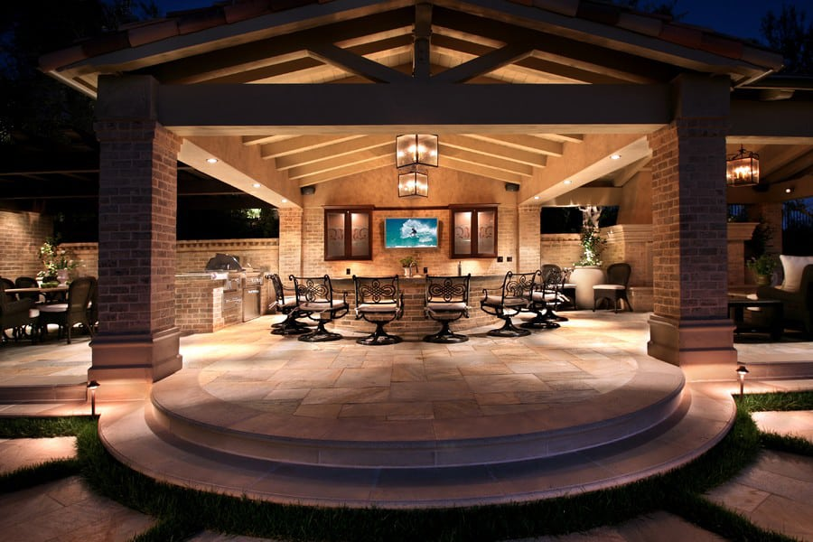 Contemporary Outdoor Patio